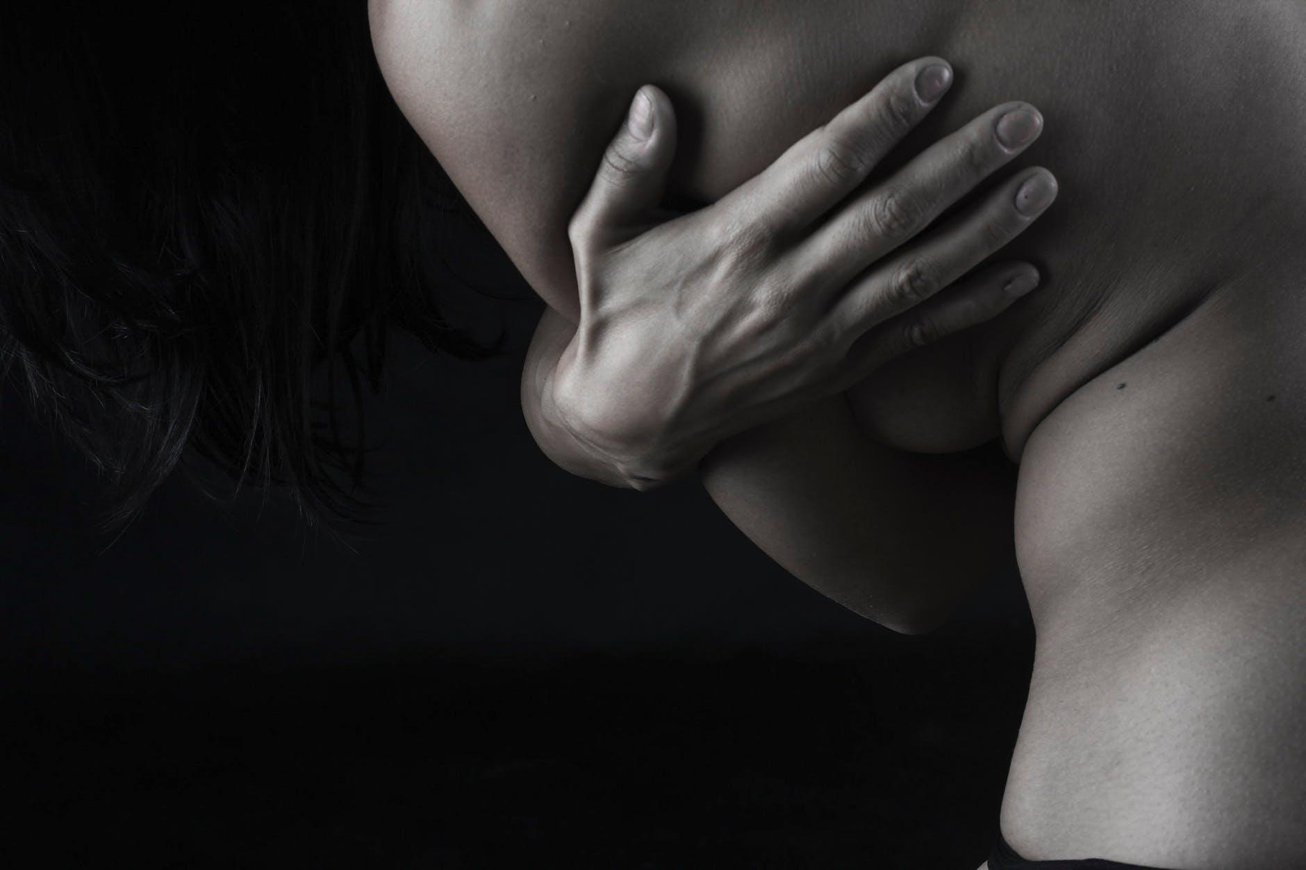telo, ruka